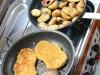 Zweite selbstgekochte Mahlzeit an Bord, Steak, Kartoffeln und Vegi-Irgendwas :)